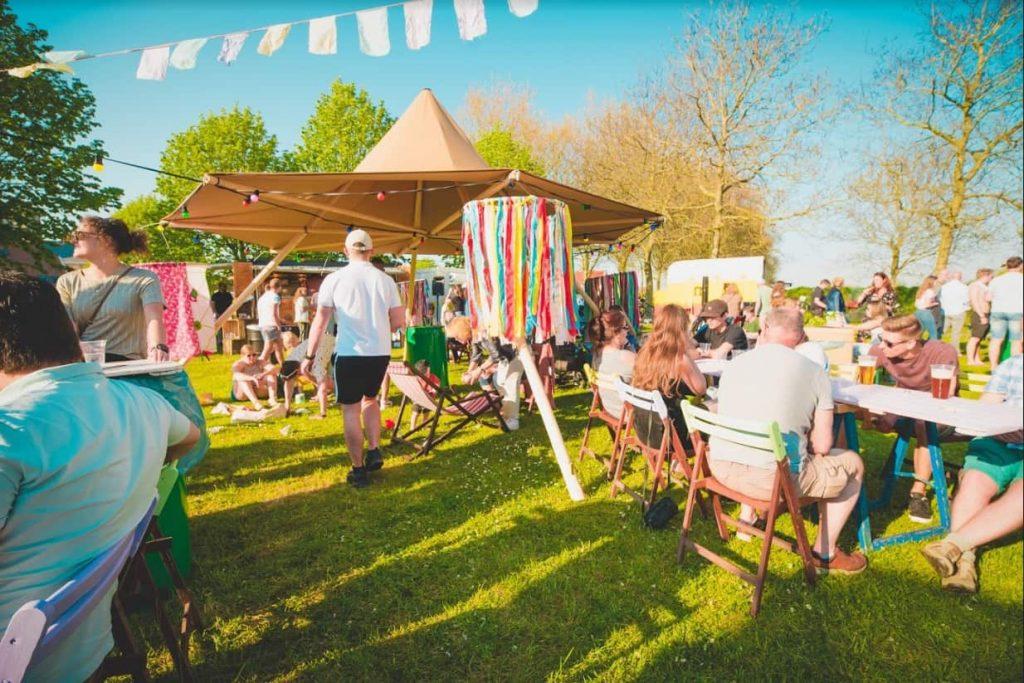 Zweedse tent tipi nimbus op festival in Brielle